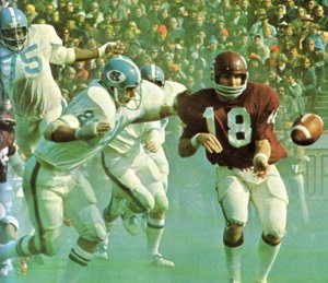 Rockey Felker in the 1974 Sun Bowl (courtesy: mmbolding.com)